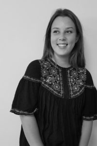 Elsa chef de projet junior chez IDEGO agence spécialisée dans l'organisation d'événements professionnels