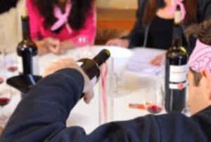 assemblage de mono-cépages de vin de la vallée du rhone par un participant