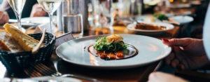 Repas entreprise avec accords mets et vins avec sommelier : apprentissage du vin