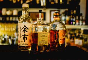 Dégustation de whisky de différents styles et pays de provenance