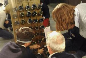 Pupitre dans atelier insolite inspiré de l'univers du Champagne