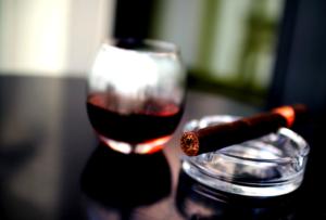 activité vin & cigare pour l'espace VIP d'un événement à Lyon