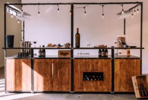 bar à vin éphémère et mobile pour évènements - prestataire événementiel lyon