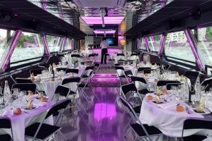 Diner professionnel à Lyon sur un bateau de croisière entièrement privatisé