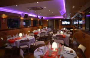 Organiser un diner d'affaires sur un bateau à Lyon