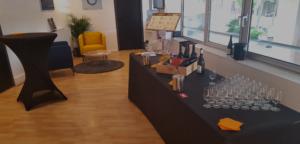 inauguration de locaux à Lyon avec initiation à la dégustation de vin